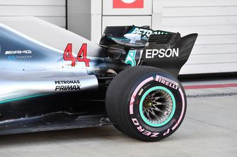 Mercedes-AMG F1 W09, retrotreno