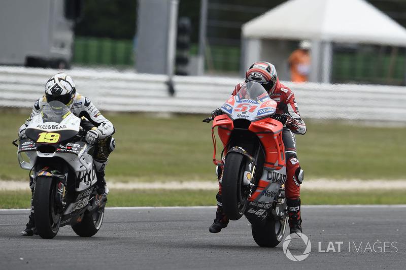 Мікеле Пірро, Ducati team, practice start
