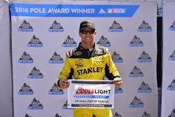 Polesitter Carl Edwards, Joe Gibbs Racing, Toyota