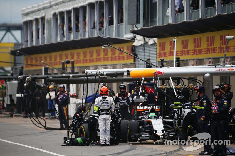 Ніко Хюлькенберг, Sahara Force India F1 VJM09, робить піт-стоп