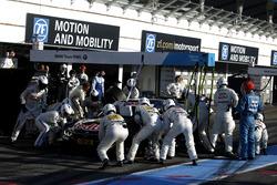 Pit stop Marco Wittmann, BMW Team RMG, BMW M4 DTM.