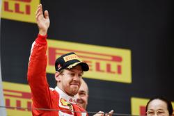 Podium: tweede plaats Sebastian Vettel, Ferrari