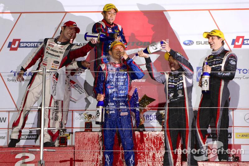 Podyum: GT300: 1. #61 R&D Sport Subaru BRZ: Takuto Iguchi, Hideki Yamauchi, 2. #31 Apr Toyota Prius GT: Koki Saga, Yuichi Nakayama, 3. #0 Gainer Nissan GT-R Nismo GT3: Andre Couto, Ryuichiro Tomita