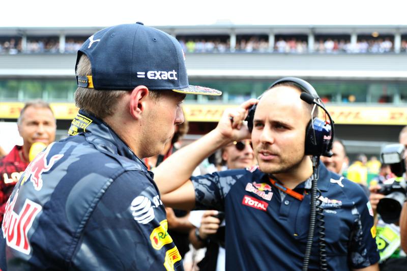 Max Verstappen, Red Bull Racing ve yarış mühendisi Gianpiero Lambiase