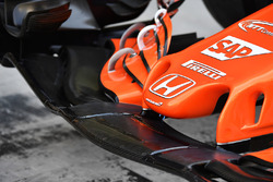 McLaren MCL32 neus detail