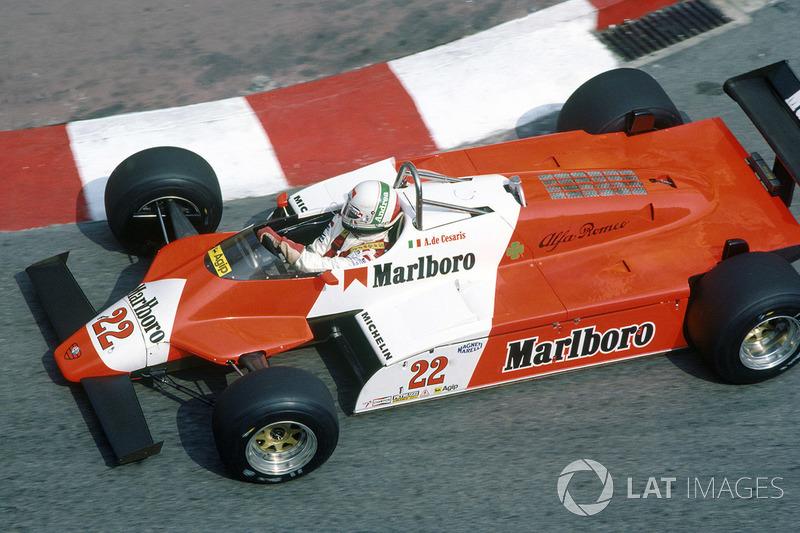 Die Statistik: Nico ist seit 2017 der Fahrer mit den meisten Rennteilnahmen, der es nie aufs Podium geschafft hat (davor: Adrian Sutil). Das wird seinem Können nicht gerecht. Die meisten Starts ohne einen Grand-Prix-Sieg, nämlich 208, hat Andrea de Cesaris. Ein Rekord, den der Emmericher hoffentlich nicht brechen wird.