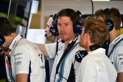 Rob Smedley, chef de la performance du véhicule de Williams, Nico Rosberg, ambassadeur Mercedes-Benz et Sergey Sirotkin, Williams