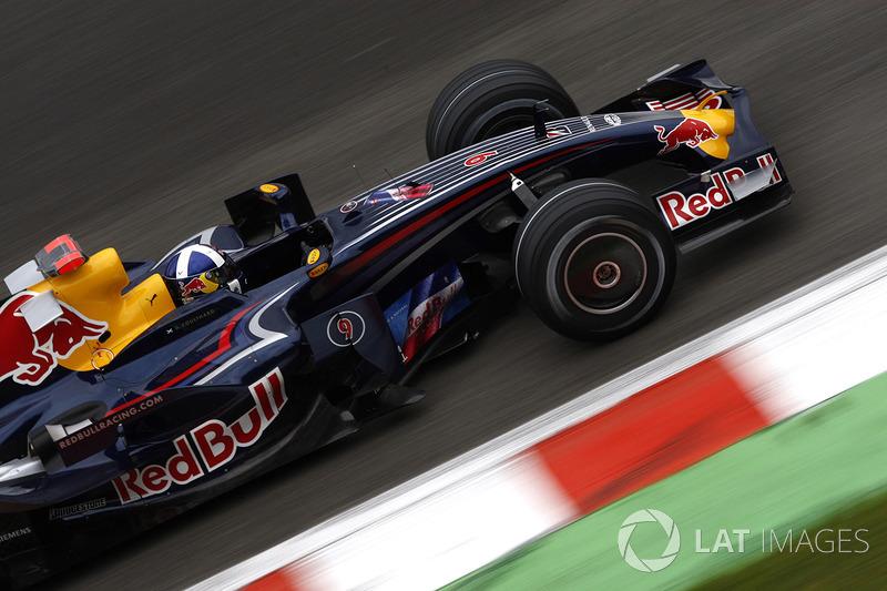 Дэвид Култхард, Red Bull (8 очков, один подиум)
