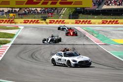 The safety car leads Lewis Hamilton, Mercedes AMG F1 W09, Sebastian Vettel, Ferrari SF71H and Valtteri Bottas, Mercedes AMG F1 W09
