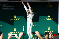 Race winner Lewis Hamilton, Mercedes AMG F1 in Parc Ferme