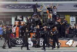 Meisterjubel: Crew von Christopher Bell, Kyle Busch Motorsports
