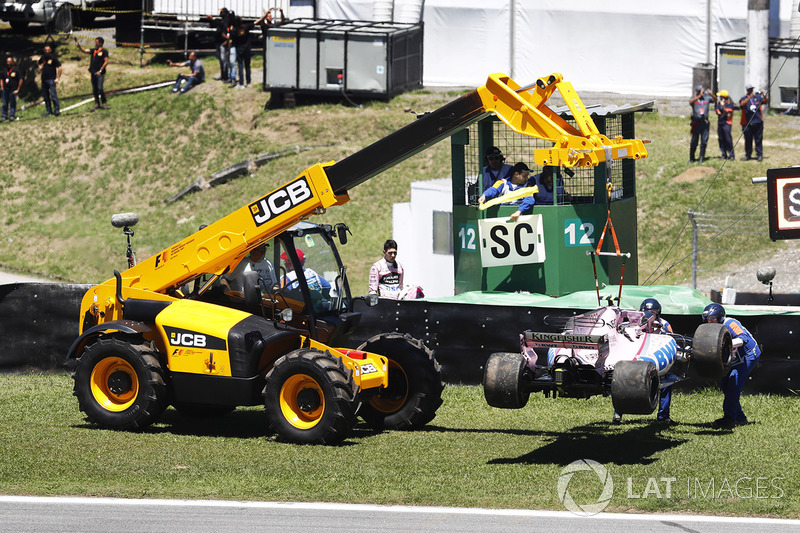 Sahara Force India F1 VJM10 Естебана Окона