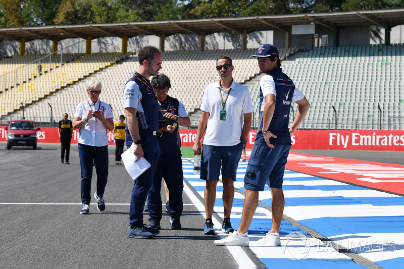 Lance Stroll, Williams walks the track