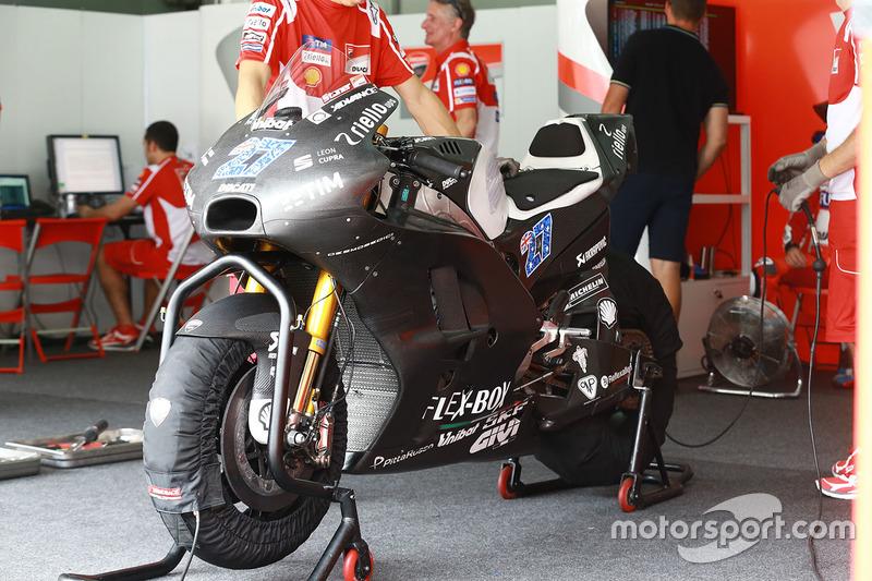 Мотоцикл Кейсі Стоунера, Ducati Team