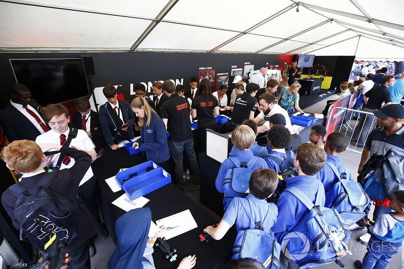 F1 in Schools