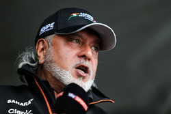Dr. Vijay Mallya, Sahara Force India Formula One Team Owner with a Kingfisher rickshaw