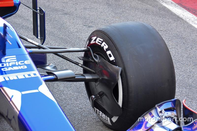 Detalle del Scuderia Toro Rosso STR12