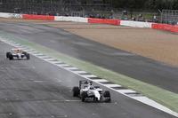 Paul di Resta ve Karun Chandhok, Williams FW14B Renault