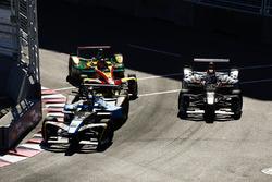 Sébastien Buemi, Renault e.Dams, leads Daniel Abt, ABT Schaeffler Audi Sport, and Jérôme d'Ambrosio, Dragon Racing
