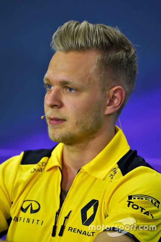 Kevin Magnussen, Renault Sport F1 Team, in der Pressekonferenz