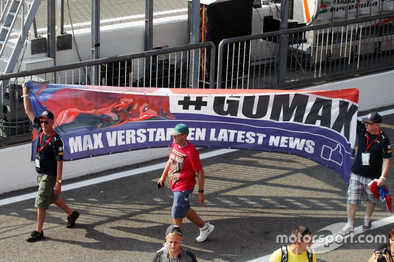 Max Verstappen, Red Bull Racing taraftarları