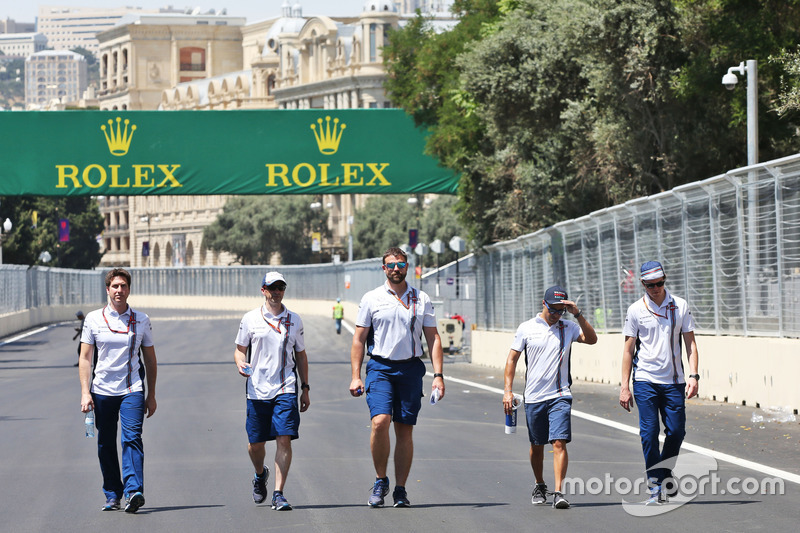 Феліпе Масса, Williams йде по треку з командою