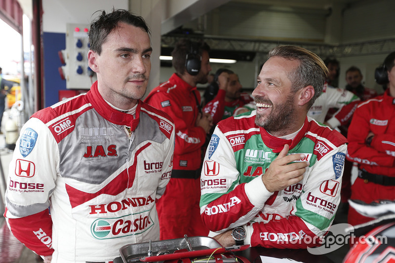 Norbert Michelisz, Honda Racing Team JAS, Honda Civic WTCC, Tiago Monteiro, Honda Racing Team JAS, Honda Civic WTCC dopo le qualifiche MAC3