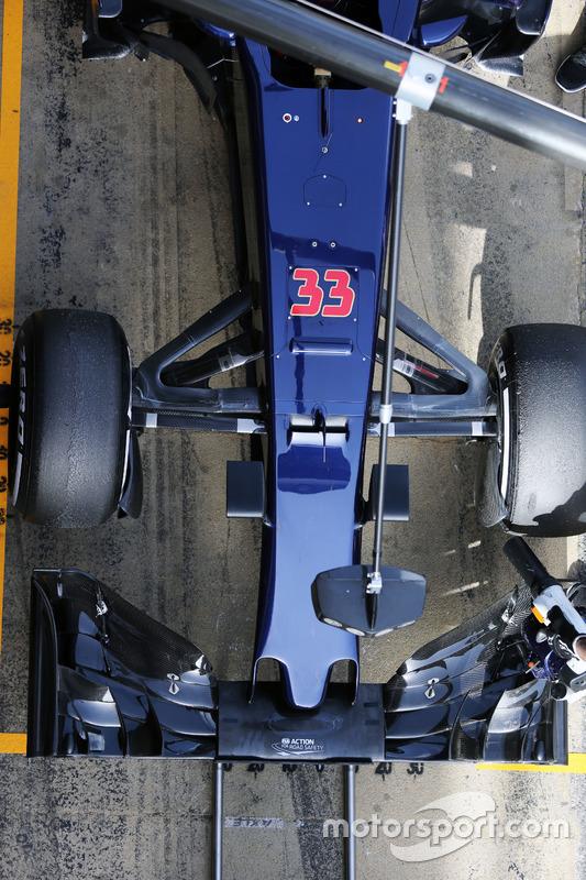Max Verstappen, Scuderia Toro Rosso STR11 - neus