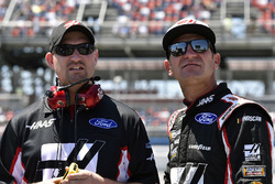 Clint Bowyer, Stewart-Haas Racing, Ford Haas Automation Demo Day and Mike Bugarewicz