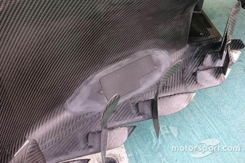 Mercedes W08: Drucksensoren