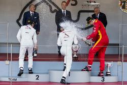 Podium: 1. Nyck De Vries, Rapax; 2. Johnny Cecotto, Rapax; 3. Gustav Malja, Racing Engineering