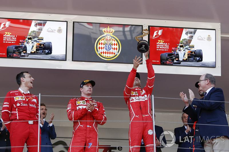 Riccardo Adami, Ferrari Race Engineer, Kimi Raikkonen, Ferrari and Sebastian Vettel, Ferrari