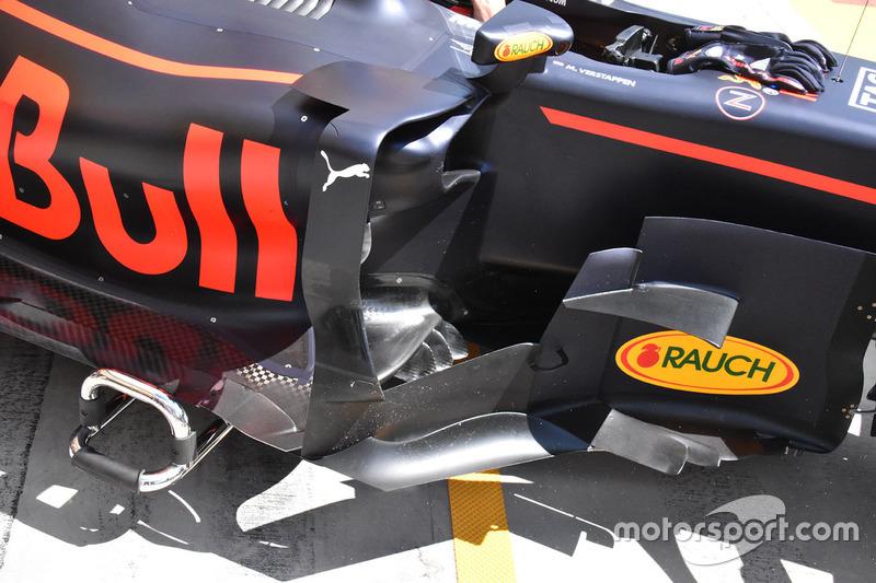Бокові понтони Red Bull Racing RB13