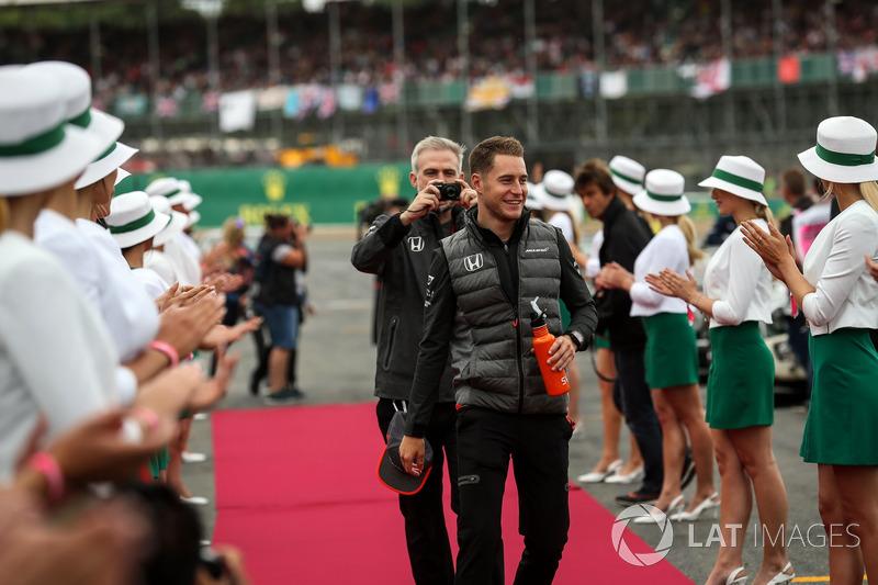 Stoffel Vandoorne, McLaren en el desfile de pilotos