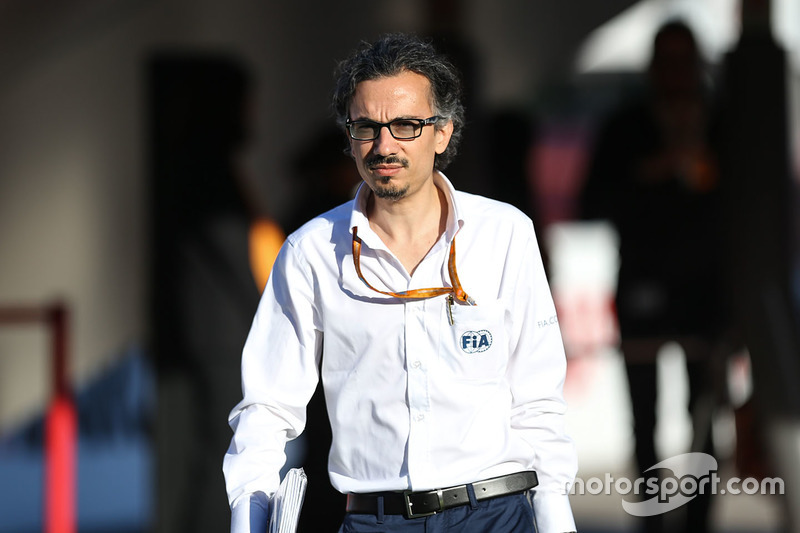 Директор FIA по безопасности Лоран Мекис