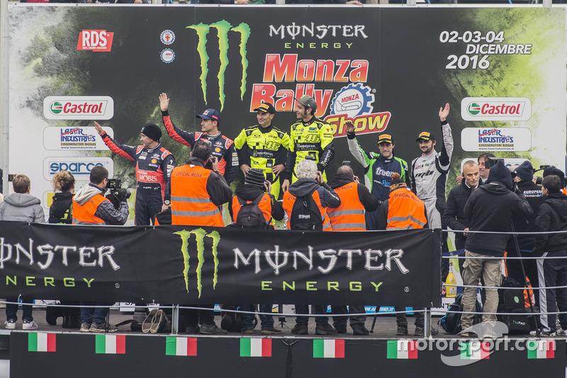 Podio: Valentino Rossi, Carlo Cassina; Daniel Sordo, Marc Martí y Marco Bonanomi, Luigi Pirollo