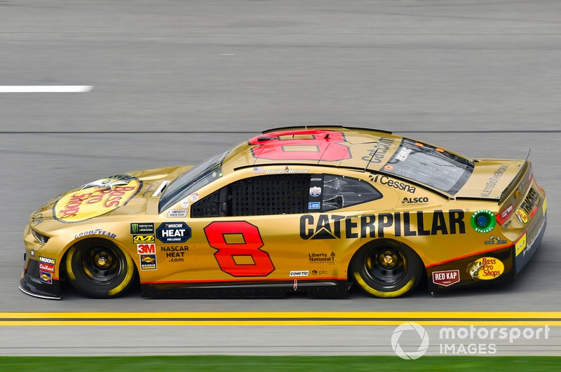 29. Daniel Hemric, Richard Childress Racing, Chevrolet Camaro Bass Pro Shops / Caterpillar