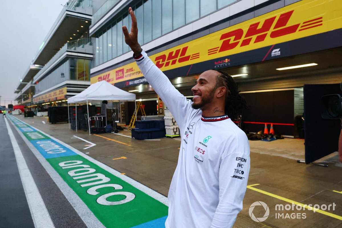 Lewis Hamilton, Mercedes, admits that F1 could be silver again next year
