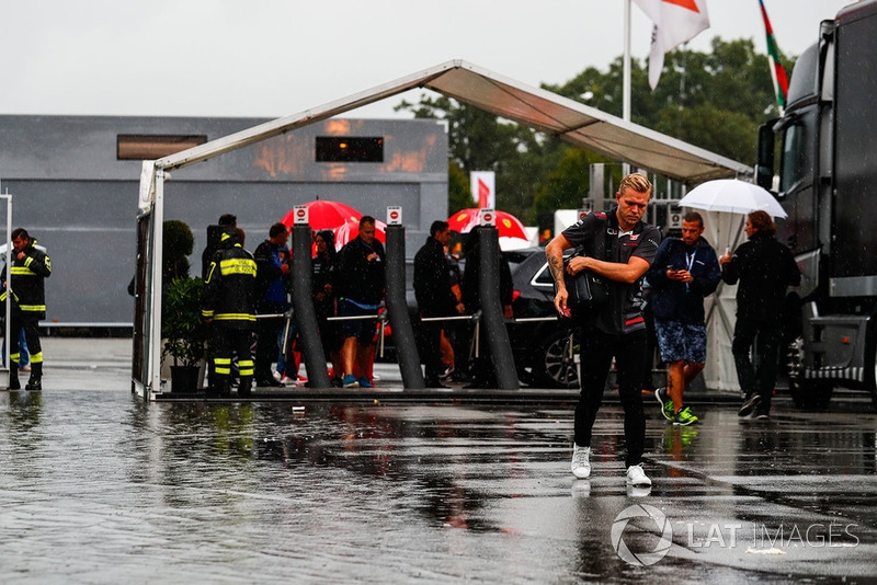 Kevin Magnussen, Haas F1 Team, arrives in the paddock