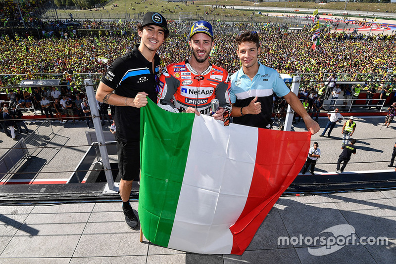 Misano: ganador de la carrera Andrea Dovizioso, equipo Ducati, ganador de Moto2 Francesco Bagnaia, Sky Racing Team VR46, ganador de Moto3 Lorenzo Dalla Porta, Leopard Racing