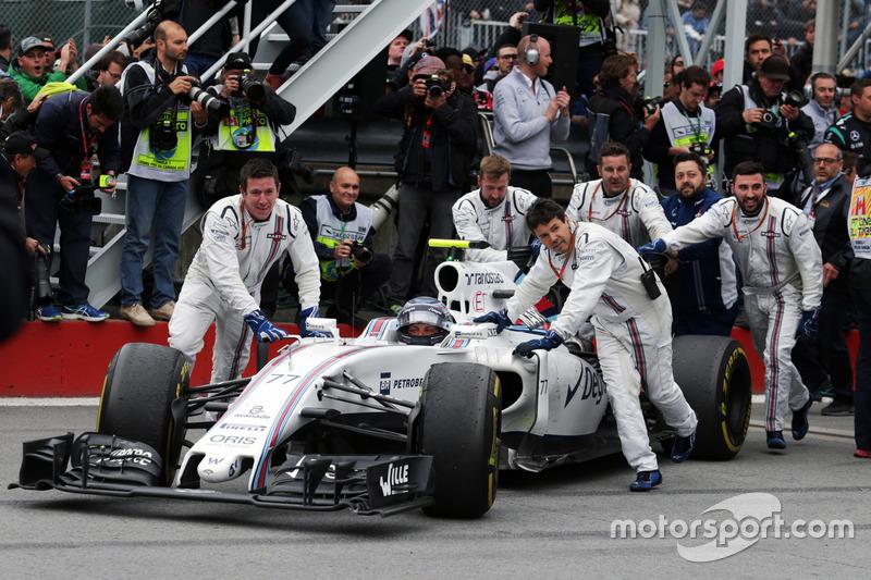 Валттері Боттас, Williams, третє місце, Williams FW38, заїжджає в закритий парк