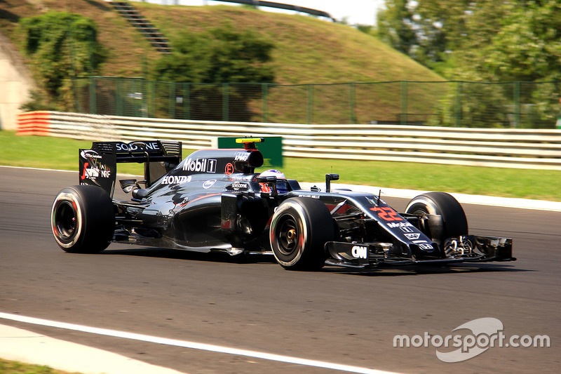 Jenson Button, McLaren-Honda MP4-31