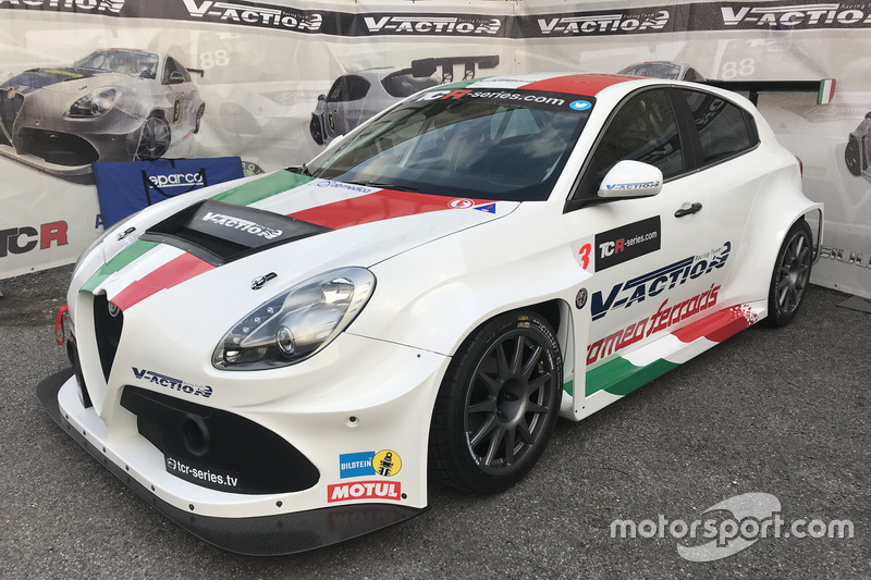 Alfa Romeo Giulietta TCR V-Action Racing Team