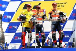 149/5000 Podio: segundo puesto Jorge Lorenzo, Yamaha Factory Team, ganador de la carrera Dani Pedrosa, Repsol Honda Team, tercer puesto Andrea Dovizioso, Repsol Honda Team
