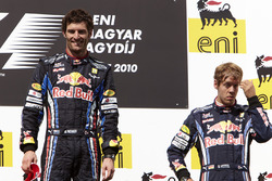 Ganador Mark Webber, Red Bull Racing, segundo lugar Sebastian Vettel, Red Bull Racing