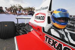 Rudy van Buren in de McLaren M23