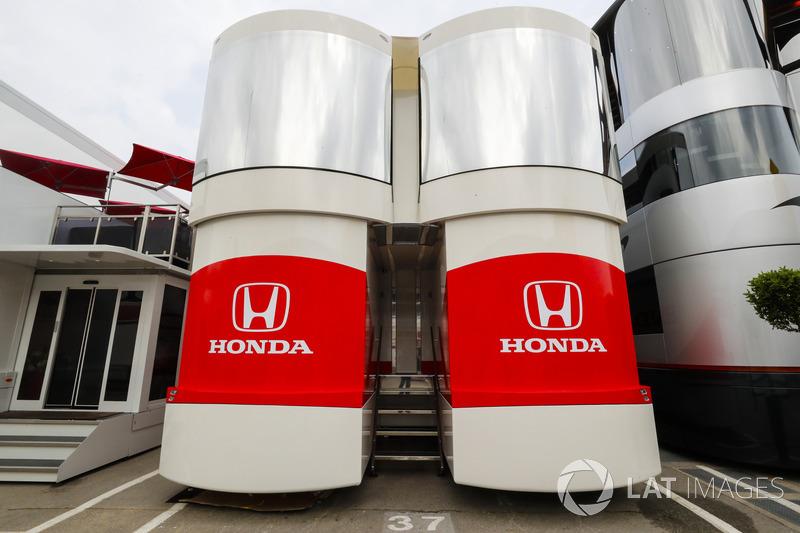 El área de autocaravanas y hospitalidad de Honda