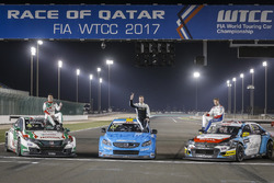Тед Бьорк, Polestar Cyan Racing, Норберт Михелис, Honda Racing Team JAS, и Том Чилтон, Sébastien Loe
