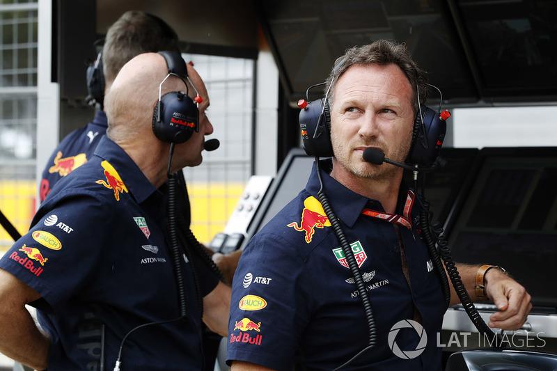 Adrian Newey, jefe técnico de Red Bull Racing, y Christian Horner, director de Red Bull