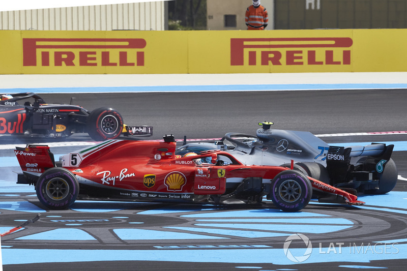 Vettel and Bottas after their race start clash
